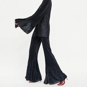 ZARA Black Flared Pleated Trousers